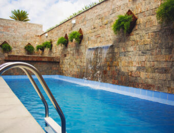 Recantodas+üguas_piscina1_1